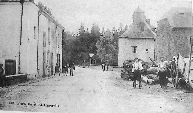 villers-devant-orval-place-du-moulin-02