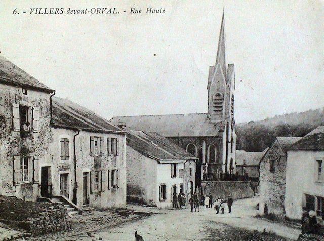 villers-devant-orval-rue-casernes-eglise-01
